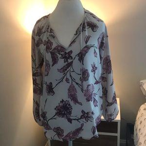BB Dakota blouse Sz M